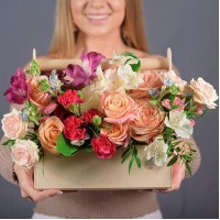 Ящик с цветами 011