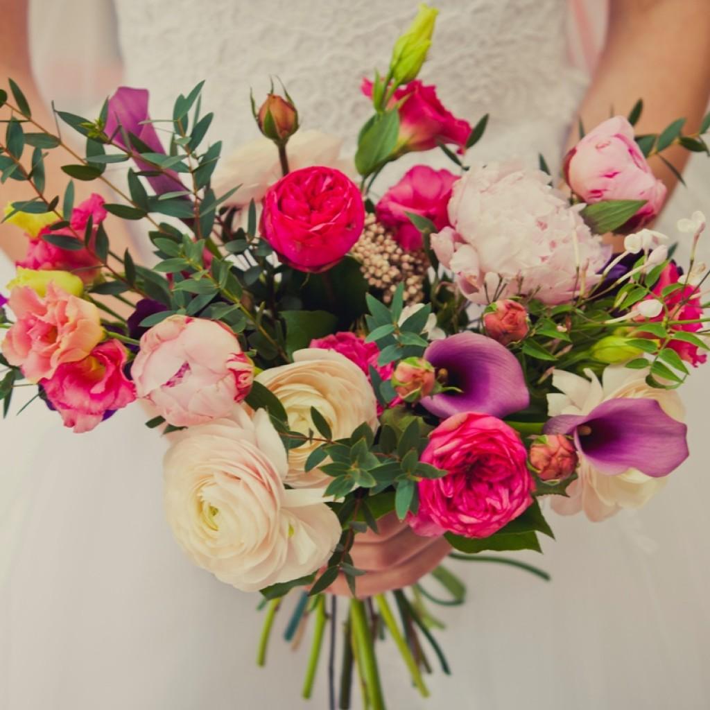 Букет на свадьбу «Яркая страсть» - символика любви